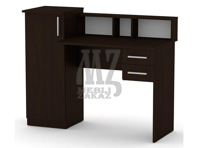 Письменный стол с чертежами фото